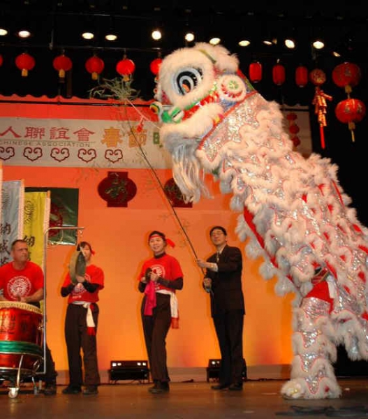 2009ChineseNewYearCelebration-01