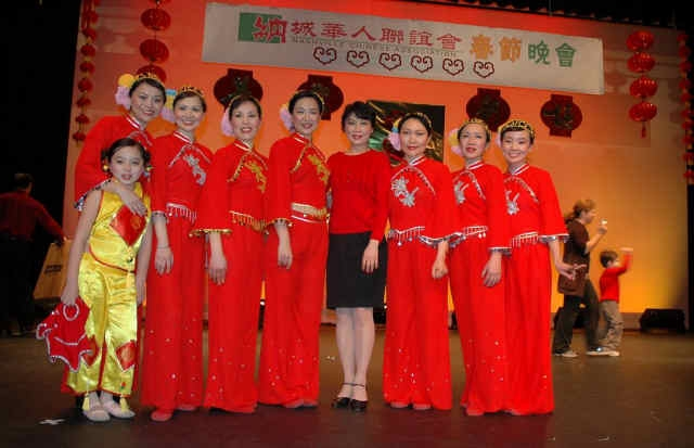 2009ChineseNewYearCelebration-34