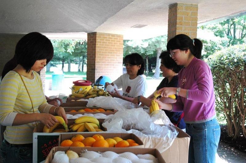 2009 Dragon Boat Festival Celebration 08